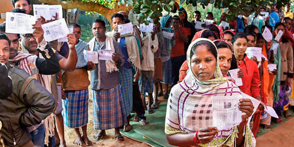 Chhattisgarh exit polls divided, most gives the slight edge to Congress