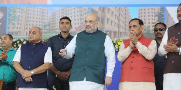 झारखंड: नक्सलवाद पर शाह ने थपथपाई सीएम की पीठ, मुख्य चुनाव आयुक्त ने दिया करारा जवाब