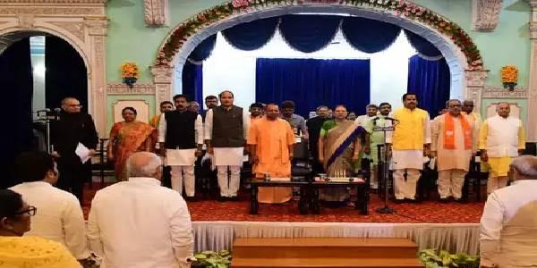 CM योगी ने पहले कैबिनेट विस्तार से साधा क्षेत्रीय व जातिगत समीकरण, 2022 पर हैं निगाहें