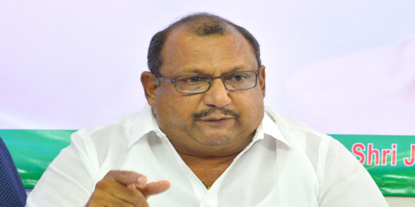CM-led Cabinet must make public its performance report first: Cong