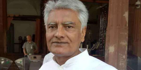 पंजाब में जाखड़ के इस्तीफे के बाद कांग्रेस की सरगर्मियां ठप, पार्टी दफ्तर से रौनक गायब