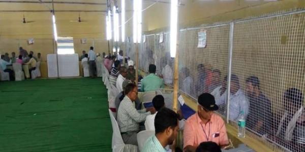 बिहार में NDA या महागठबंधन, मतगणना शुरू, रविशंकर आगे, शत्रुघ्न पीछे
