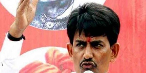 गुजरात विधानसभा उपचुनाव में खुद को भावी मंत्री बता अल्पेश मांग रहे वोट