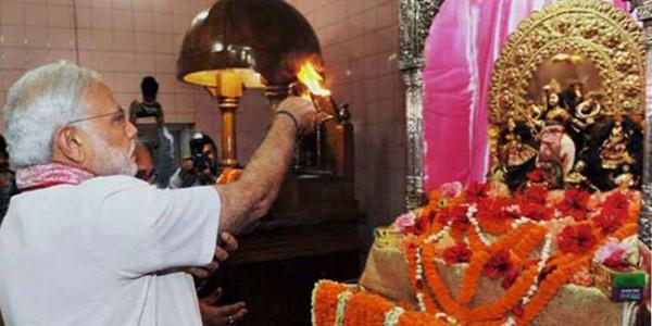 पीएम मोदी की भाजपा सांसदों को दुर्गापूजा से जुड़ने की सलाह, कहा-धार्मिक व सामाजिक दोनों तरह के कार्यो से जुड़े