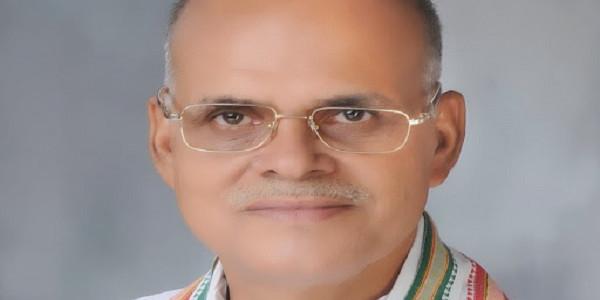 धरने पर भाजपा विधायक, बोले- 'पानी न आने तक जारी रहेगा'