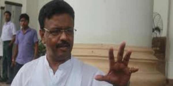 भाजपा की सहयोगी पार्टी बन गयी है सीबीआइ : फिरहाद