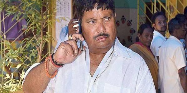 मेरे परिवार के लोगों की जान को है खतरा : अर्जुन सिंह