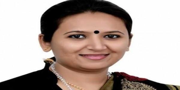 लोकसभा चुनाव 2019: गुजरात भाजपा नेता रेशमा पटेल का इस्तीफा, पार्टी को बताया 'मार्केटिंग कंपनी'