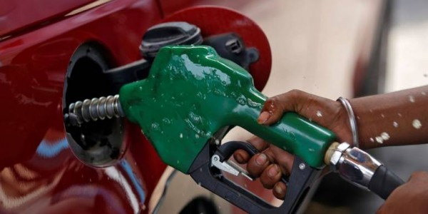 Prices of petrol, diesel to go up in Goa from midnight