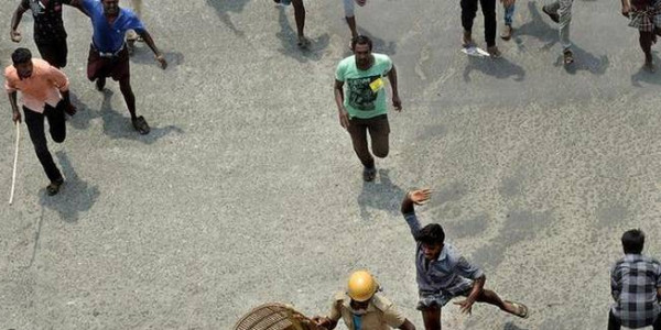 Cancel bail granted to Sterlite protesters: govt. to HC