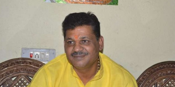 bjp-rebel-leader-kirti-azad-joins-congress-and-comments-on-bjp