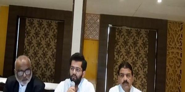 गोरखपुर-फूलपुर उपचुनाव में नया मोड़ः अतीक के बेटे का दावा, BSP ने सपा को नहीं हमें दिया है समर्थन