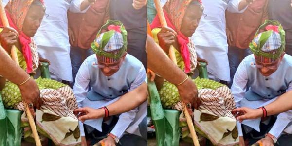 शिवराज सिंह चौहान ने आदिवासी के घर खाया खाना, वृद्ध महिला के पैर भी धोए
