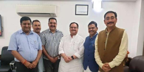 विपिन परमार समेत प्रदेश भाजपा नेताओं ने दिल्ली में जेपी नड्डा को दी बधाई