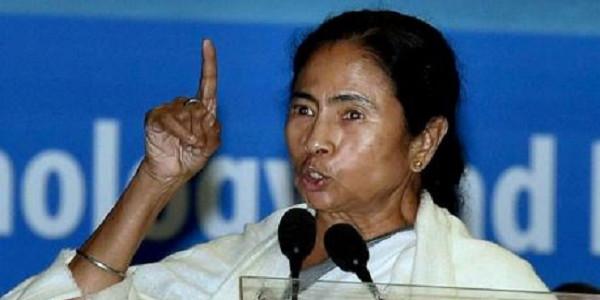 जान दे दूंगी लेकिन बंगाल को बंटने नहीं दूंगीः ममता