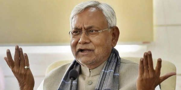 lok-sabha-tej-pratap-yadav-not-seen-in-major-meeting-of-rjd-distance-with-family-and-party-seen-again