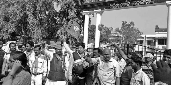BJP bandh shuts down Dhenkanal