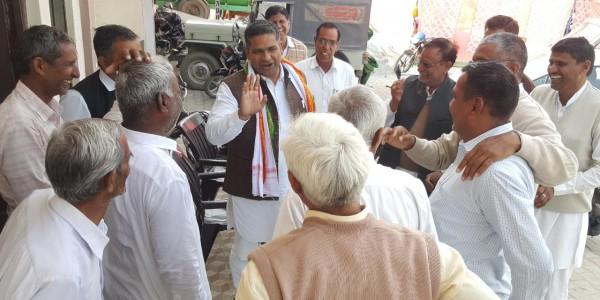 युवाओं और किसानों के हित में कदम उठाएगी कांग्रेस : सतेन्द्र सिंह