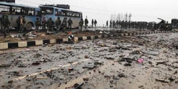 जम्मू-कश्मीर: राजौरी के नौशेरा में आईईडी ब्लास्ट, एक मेजर शहीद, दो जवान घायल
