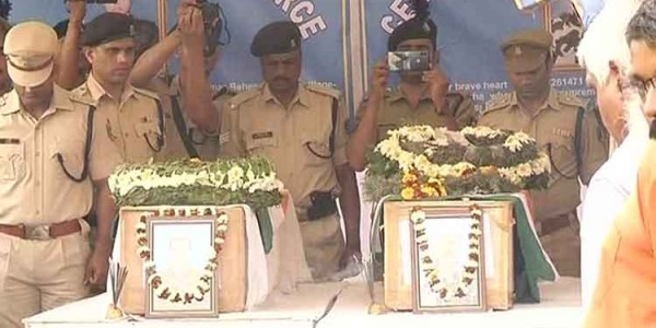 pulwama-attack-wrapped-in-tricolour-mortal-remains-of-martyred-odia-jawans-reach-home