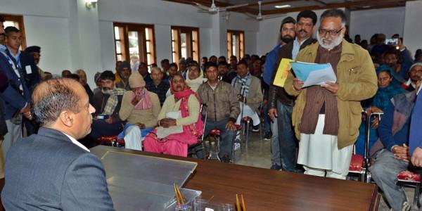 pong-dam-displacement-issue-former-bjp-minister-sushant-rajan-meets-cm-jairam-thakur