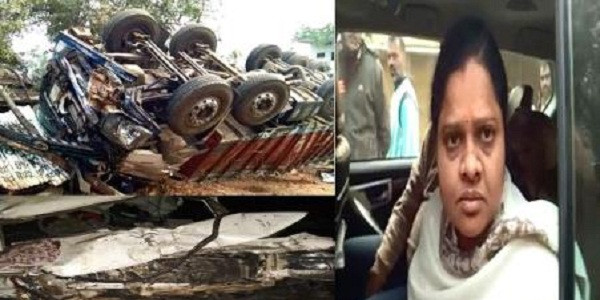 bhopal-accident-in-convoy-of-hina-kaware