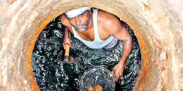 13 died cleaning sewers in 2 years in state