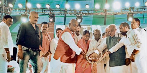 गेहलौर महोत्सव : मंत्री ने कहा, गेहलौर में कर्म व कृति की होती है पूजा