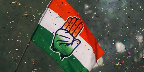 कांग्रेस ने साधा निशाना- मराठा आरक्षण मुद्दे पर महाराष्ट्र सरकार कर रही है टाल-मटोल