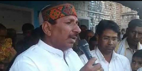 ऐदल सिंह को मंत्री नहीं बनाए जानें पर समर्थकों का हंगामा, टायरों में आग लगाई
