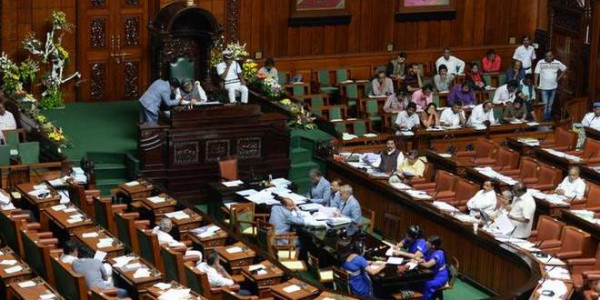 Power purchase over 10 years caused Rs 4,300 crore loss to government: House panel
