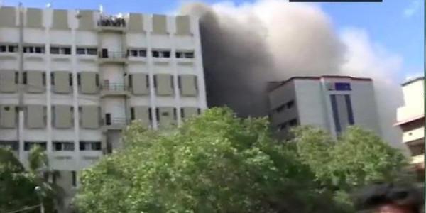 MTNL बिल्डिंग आग मामले में MP पूनम महाजन ने केंद्रीय मंत्री को लिखी चिठ्ठी