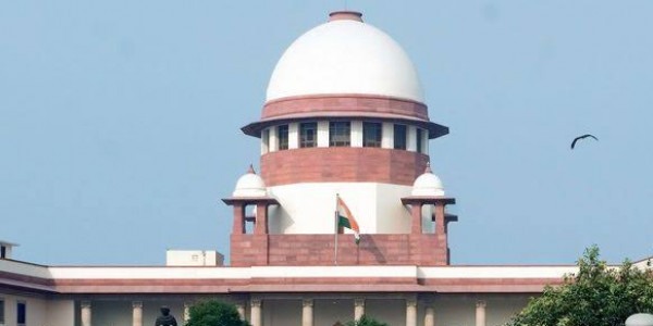 यूपी सरकार को फिर सुप्रीम कोर्ट की फटकार, पूछा मंदिरों पर कोई कानून क्यों नहीं?
