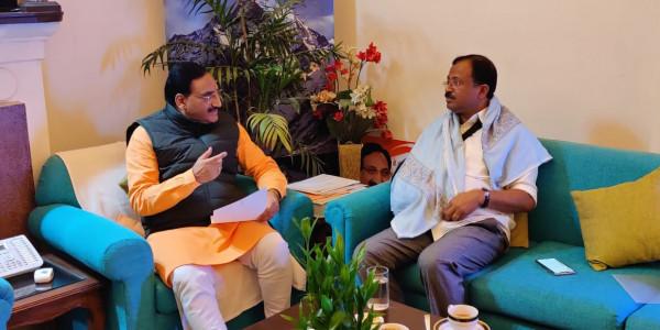 सबरीमाला पर बोले केंद्रीय मंत्री- अब 'नास्तिक' और 'अर्बन नक्सल' जा रहे मंदिर