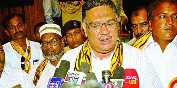 Education Minister Tanveer Sait clears air on teachers' transfers