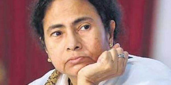 West Bengal CM Mamata Banerjee expresses solidarity with Kerala flood victims