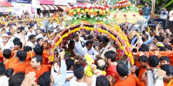 CM कमलनाथ ने किए महाकाल के दर्शन, उज्जैन के विकास के लिए 300 करोड़ की योजना