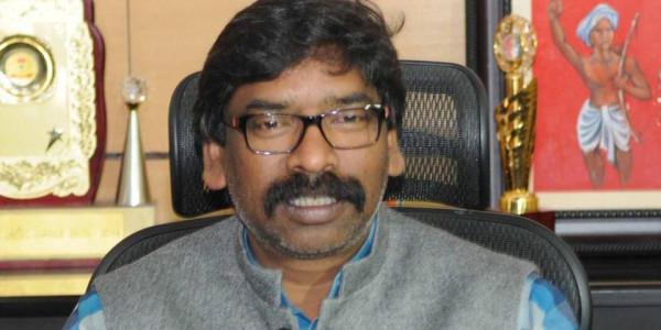 पूर्व सीएम हेमंत सोरेन ने सीएम रघुवर दास को भेजा लीगल नोटिस
