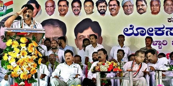 Shivakumar comes down on Reddy brothers, Sriramulu
