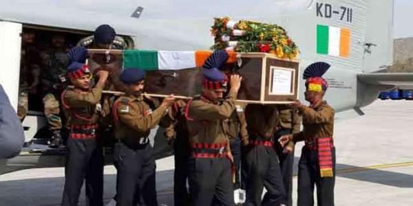 body-of-martyr-major-chitresh-bisht-reach-dehradun