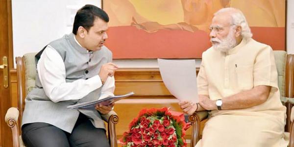 मराठा आरक्षण आंदोलन की आग के बीच PM मोदी से मिले CM फडणवीस