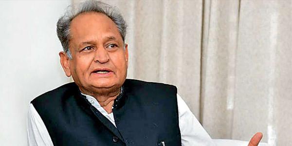 प्रदेश के कपड़ा उद्योग को बढ़ावा देने के लिए मुख्यमंत्री की पहल मुख्य सचिव ने औद्योगिक संगठनों से की चर्चा