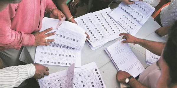 तेलंगाना में 08 अक्टूबर को जारी होगी अंतिम मतदाता सूची, कांग्रेस फेल कर सकती है केसीआर का 'प्लान'