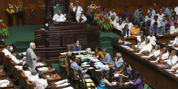Drama Before Karnataka Trust Vote: BJP, Congress Workers Clash Over 2 Independents