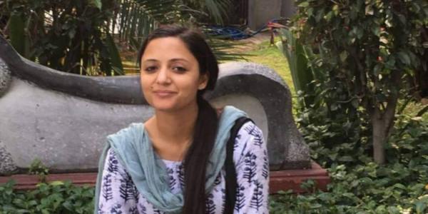 शेहला रशीद का सियासत से मोहभंग, राजनीति छोड़ने का ऐलान