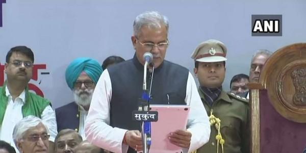 जवाब देने में घिरे मंत्री रुद्र, तो CM भूपेश ने किया बचाव