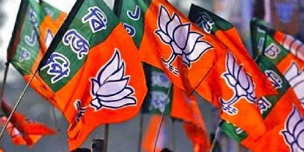 हिमाचल में कांग्रेस का सूपड़ा साफ, चारों सीटों पर जीती BJP