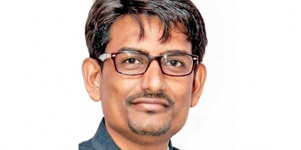 Gujarat migrant crisis: Alpesh Thakor's aides struggle in vain to douse fires as Thakor Sena faces ire for attacks