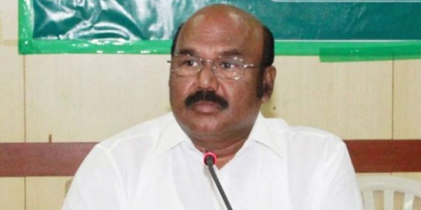 Ban DMK for 'secessionism', says AIADMK