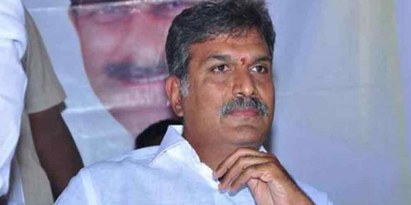 Kesineni Nani threatens to quit party if Naidu fails to control MLC Venkanna